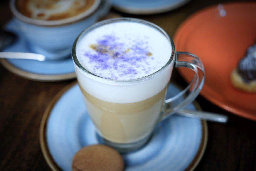 Latte Violeta
