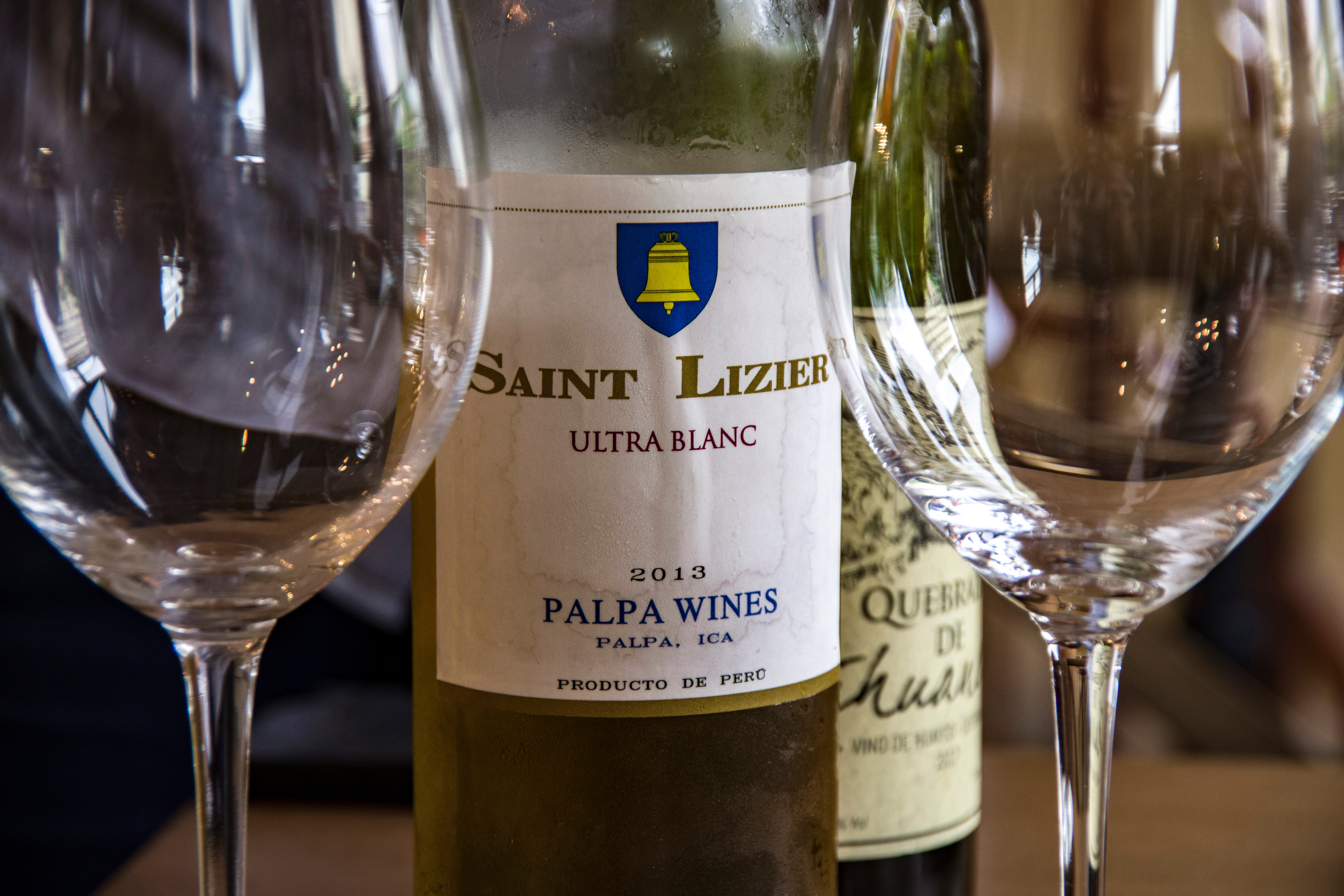Detail of the label of a 2013 Saint Lizier Torrontes from the Palpa Valley (Ica).