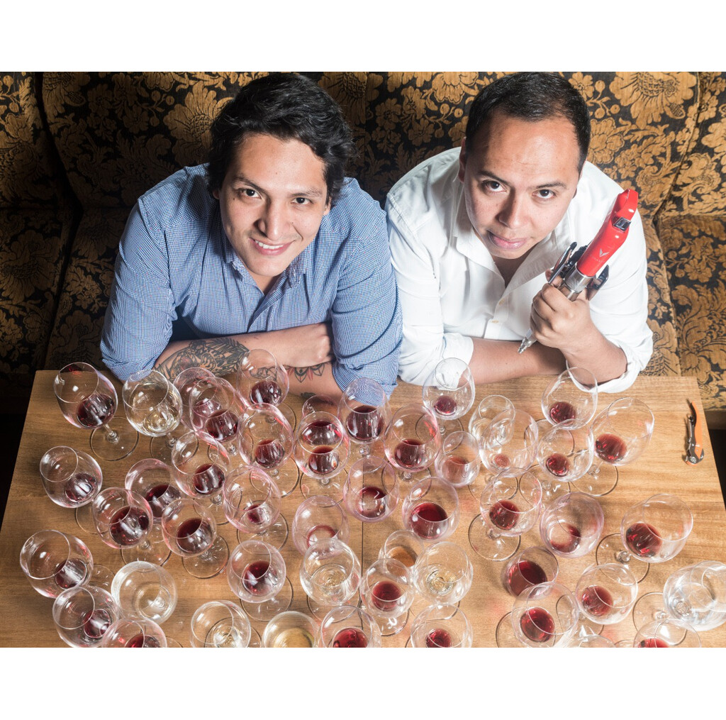 Andres Orellana and Diego Cruz Gates, co-founders of Curador