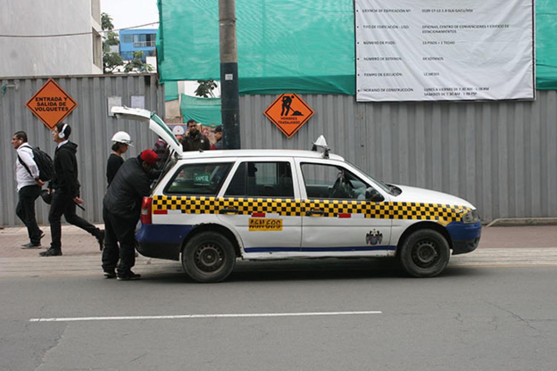 peru taxi